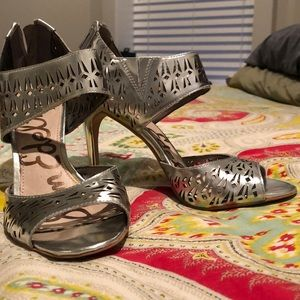 Sam Edelman Size 7 metallic silver high heels!